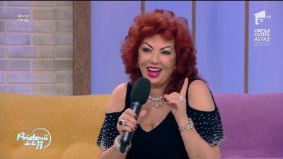 Carmen Harra, în costum de baie la 65 de ani. Surprinzător, chiar arată bine
