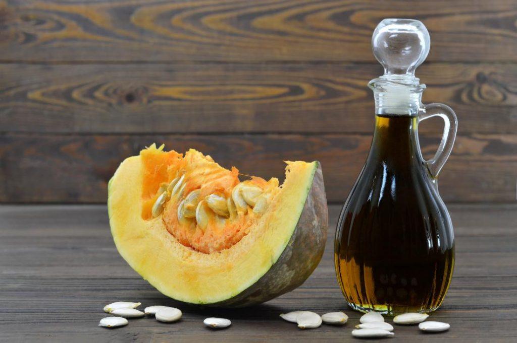 Ce se întâmplă în corpul tău dacă mănânci semințe de dovleac. 11 motive să faci asta mai des