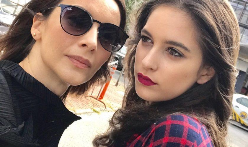 Fiica Andreei Berecleanu, în costum de baie! Eva Zaharescu arată demențial la vârsta ei
