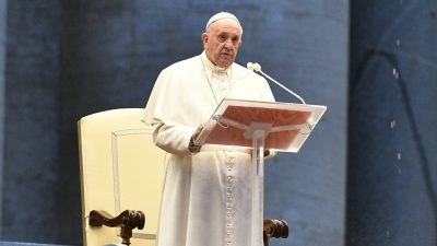 Papa Francisc, un nou mesaj oficial. Reacția bizară pe care a avut-o Suveranul Pontif