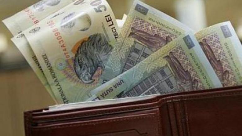 Bancnote într-un portofel