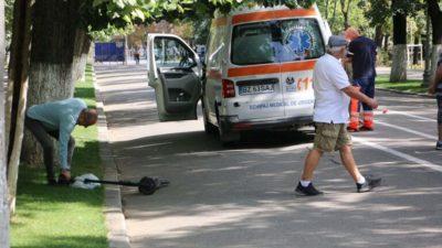 Accident mortal în parc. Un învățător și-a pierdut viața după ce a fost lovit de o trotinetă electrică. Ce făcea victima în acel moment
