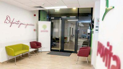 Alertă în sistemul medical privat. O clinică a fost închisă temporar după ce șase asistente au fost depistate cu COVID-19