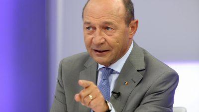 Traian Băsescu a fugit de SPP pentru o femeie. Ce s-a întâmplat, de fapt, și cum a reușit să scape de pază