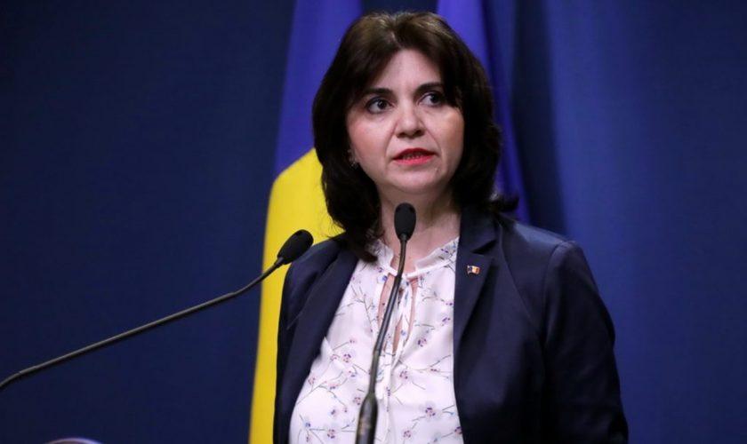 Anul școlar 2020-2021. Ce pățesc elevii din România: note mai mici pentru copii dacă fac această greșeală