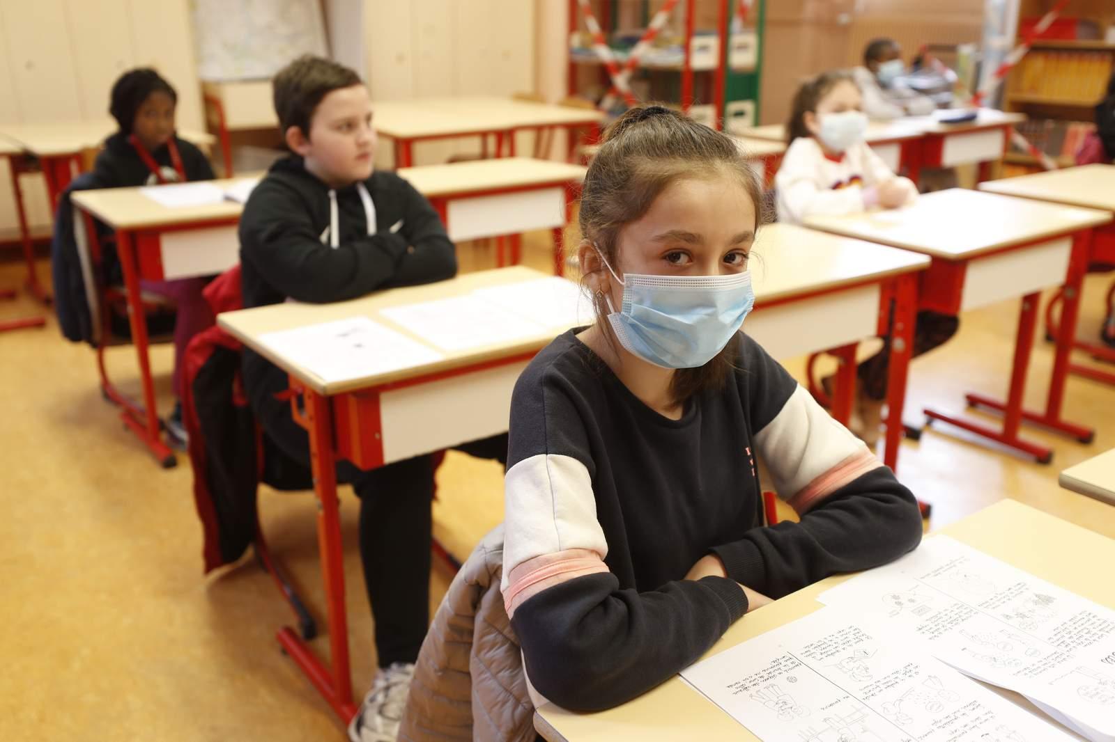 Ce pățesc elevii din România dacă fac asta