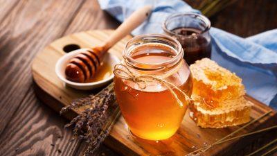 Ce se întâmplă în corpul tău dacă mănânci o lingură de miere în fiecare zi. Totul se schimbă în cel mai scurt timp