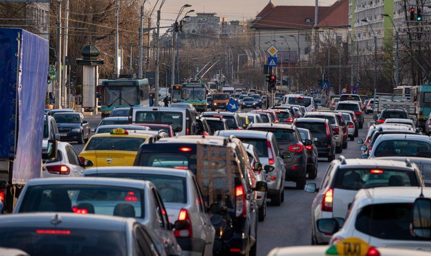 Cod rutier 2020. Amenzi de la 570 de lei pentru șoferi pentru această greșeală în trafic. Din păcate, mulți procedăm așa