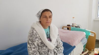 Georgiana e cea mai tare mamă din România. Nu ai degete la mâini câți copii a născut ea