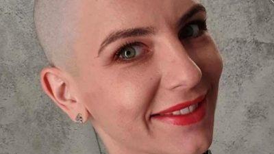 Adina Bourceanu rupe tăcerea. De ce s-a ras pe cap, de fapt