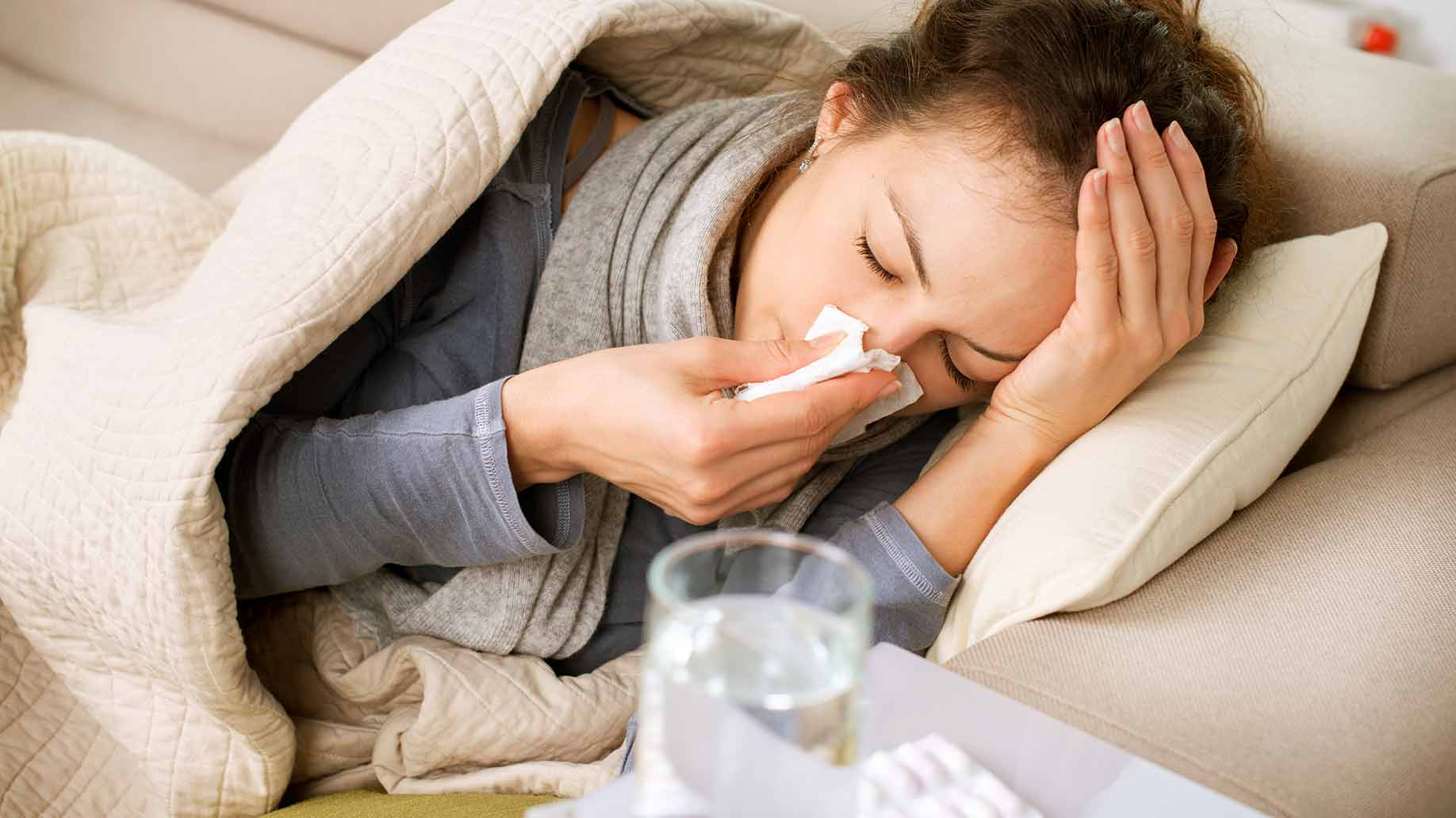 Cei care au facut gripa au sanse mai mici sa se infecteze cu coronavirus