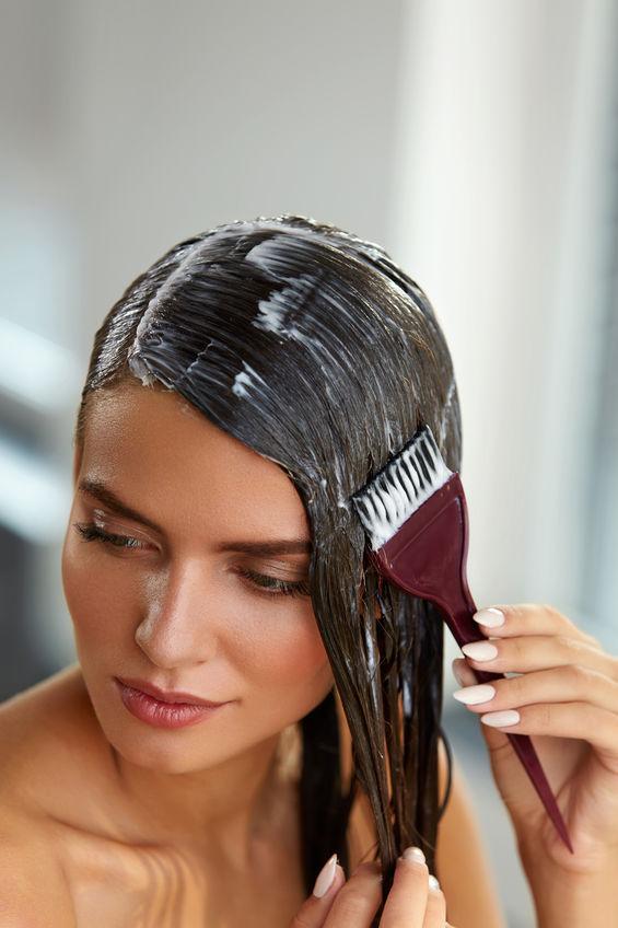 Beneficiile măștii de păr cu ouă și ulei de măsline