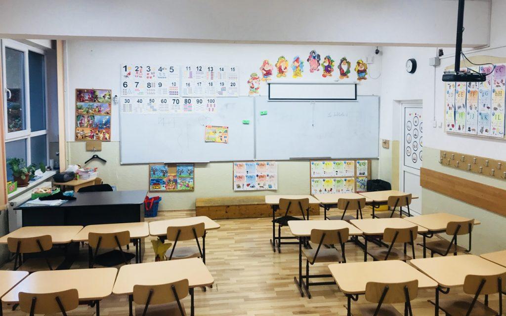 Ministerul Educației, nou anunț pentru școli și grădinițe după depășirea recentă a pragului de infectări