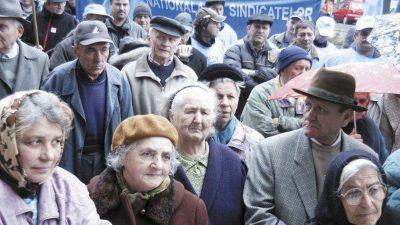 Se dau bani de la stat pentru pensionari! Cine va primi între 300 și 500 lei