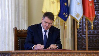 Modificarea din Codul penal acceptată de Iohannis. Oamenii sunt în stare de șoc că a semnat așa ceva