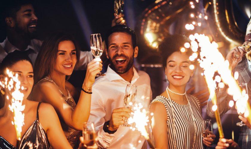 Petrecerile de Revelion sunt interzise! E oficial, anunțul momentului în România