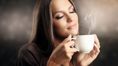 Când trebuie să bei cafeaua, de fapt. Toți românii făceau o mare greșeală până acum