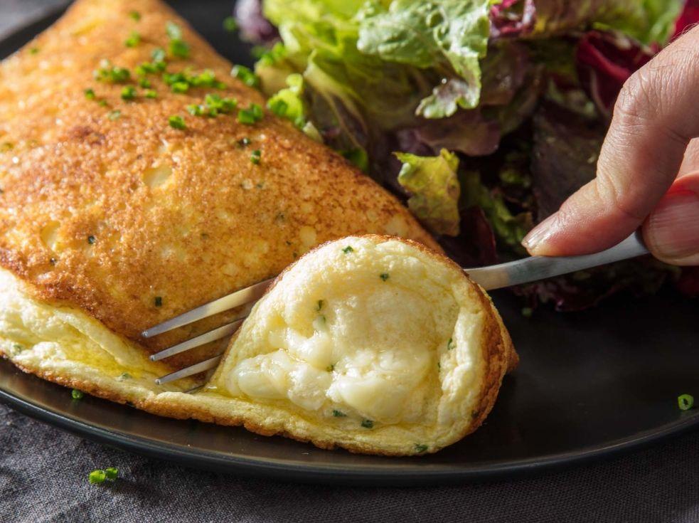Omletă pufoasă cu bicarbonat