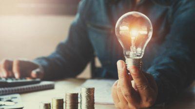 Cât vei plăti pentru energia electrică dacă nu ai contract pe piața liberă. Lista sumelor este aici