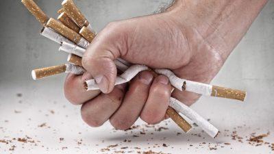 Ce se întâmplă în corp la 8 ore de când te lași de fumat. Beneficiile secrete pe care nimeni nu le spune