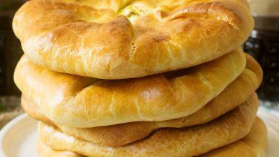 Cea mai bună plăcintă cu lucernă, preferata lui Florin Busuioc. Ingredientul secret care nu trebuie să lipsească
