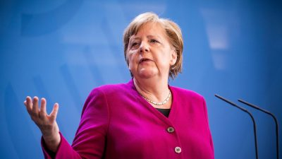 Cine este, de fapt, soțul Angelei Merkel. Ce poreclă are bărbatul în Germania și peste tot în lume