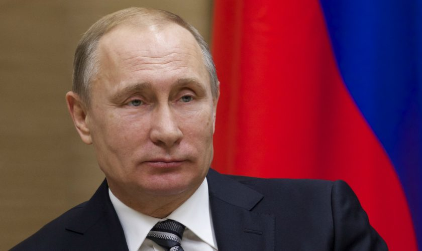 Cum a serbat Vladimir Putin Crăciunul, în plină pandemie. Au apărut acum imaginile cu el. Așa rar îl vezi