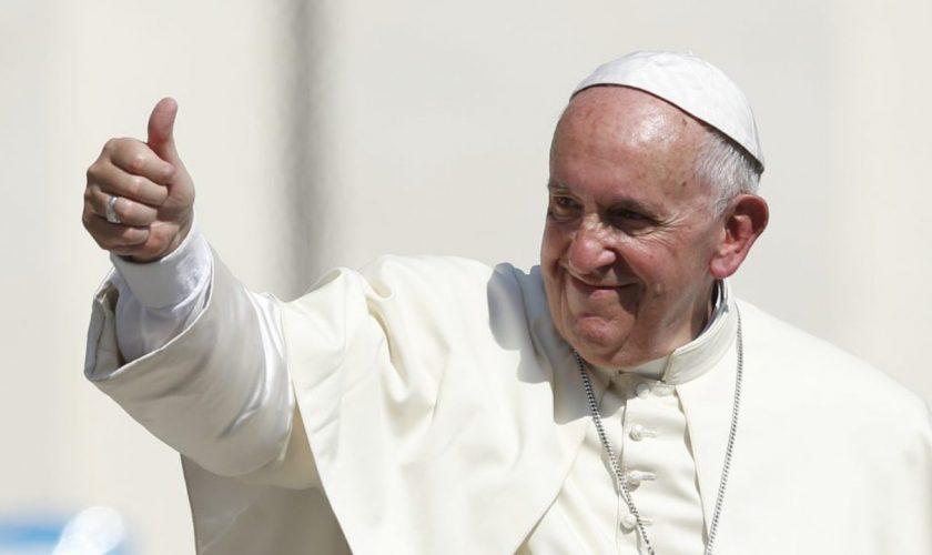 Papa Francisc s-a vaccinat anti-covid. Prima reacție de la Vatican