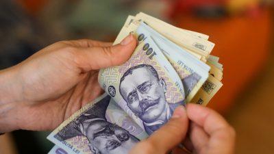 Se dau bani pentru români! Ce categorie poate beneficia de 200 de lei