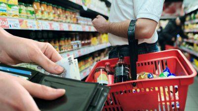 Se scumpesc alimentele! Pe ce produse dăm mai mulți bani. Vești proaste pentru milioane de români