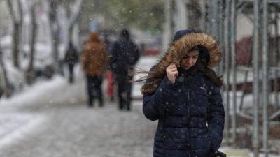 Meteo. Vine prăpădul în România. Țara, cuprinsă de lapoviță și ninsori viscolite