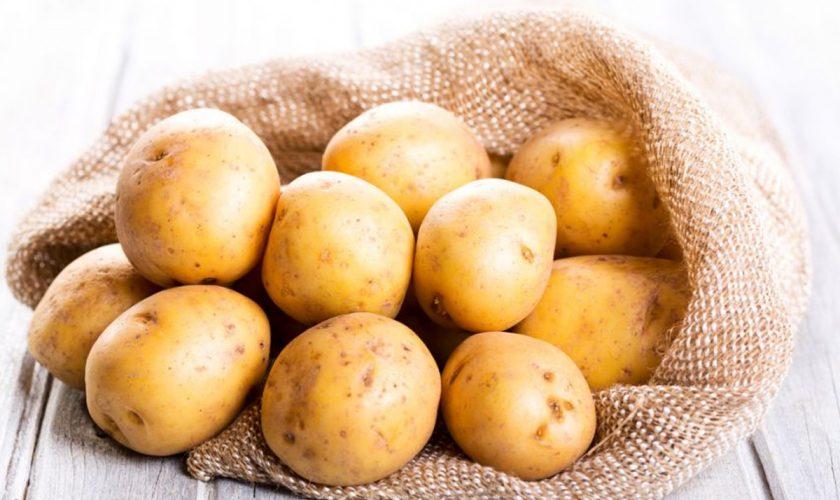 Ce se întâmplă în corp dacă mănânci 1 cartof pe zi. Secretul celei mai iubite legume de către români