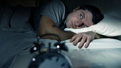 Cum scapi de insomnie fără pastile. Secretul românilor odihniți s-a aflat. Ce fac zilnic, de fapt