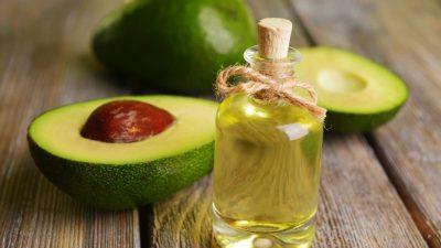 Ce se întâmplă în corpul tău dacă consumi ulei de avocado zilnic. Beneficiile lui secrete s-au aflat