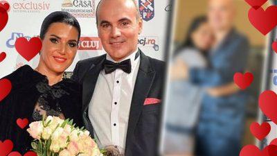 Imagini intime cu Rareș Bogdan și soția. Au scăpat pe internet chiar de Ziua Îndrăgostiților FOTO