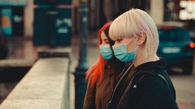 În ce an scăpăm de masca de protecție, de fapt. Vești proaste pentru români