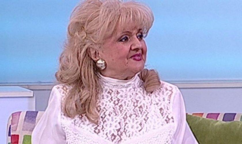 Mama lui Mihai Mitoșeru, imagine șocantă după operație. Nu mai are păr deloc