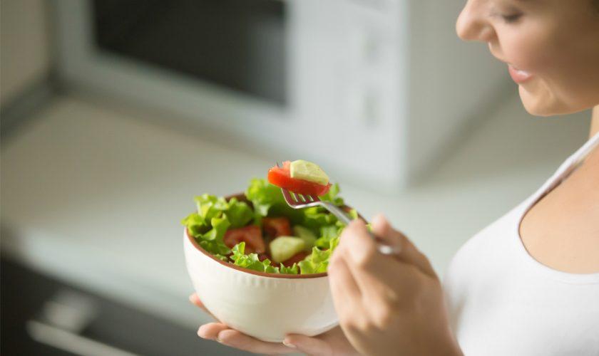Plantele care sunt aur pentru stomacul tău. Beneficiile secrete pe care medicii nu ți le zic