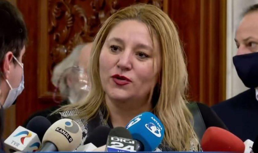 Diana Șoșoacă, reacție uluitoare în Valea Jiului: 'Sunt asasini! Vor muri dacă suntem uniți'