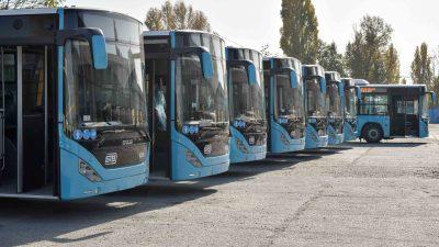 Veste genială! Se acordă noi tipuri de abonamente şi gratuităţi în transportul public. Cine va beneficia de acestea