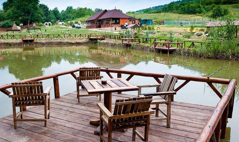 Noi stațiuni turistice în România. Se miziează pe dezvoltare folosind resursele de apă geotermală