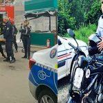 Cine e, de fapt, polițistul care l-a trântit la pământ pe argeșeanul care a murit sufocat. De la cine ar fi furat bani