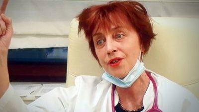 """Medicul Flavia Groșan, mesaj neașteptat despre ultima sa reușită. Cu ce se laudă medicul din Oradea pe internet: """"Vă pupa mama"""""""