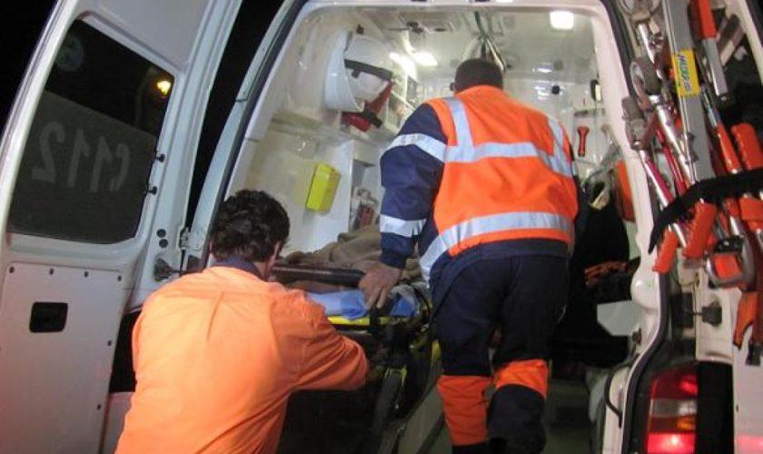 Femeie rănită grav lovită de un motostivuitor, în zona de aprovizionare a unui mall. Cum s-a întâmplat tragedia