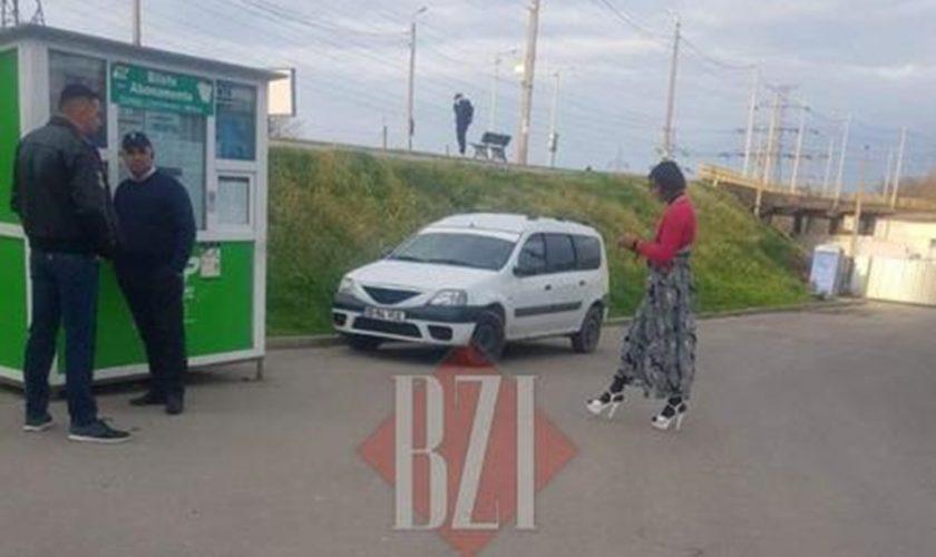 """Povestea incredibilă a lui Bogdan, șoferul din Iași care poartă rochii și tocuri: """"Când merg acasă sunt un om normal"""""""