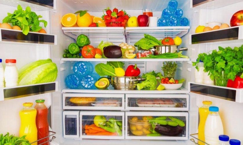 Greșeala pe care toți românii o fac. Ce riscă atunci când folosesc frigiderul pentru depozitarea alimentelor