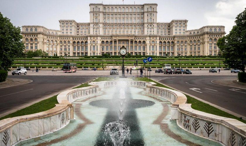 Top 10 intersecții din București de evitat vineri seara, înainte de weekend