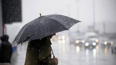 Meteo. Nu scăpăm deloc de ploi și frig. Când se va mai încălzi vremea, de fapt