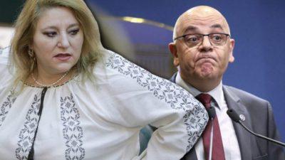 Diana Șoșoacă, umilită în ultimul hal de Raed Arafat. Cum a reacționat șeful DSU când i-a auzit vocea senatoarei. VIDEO