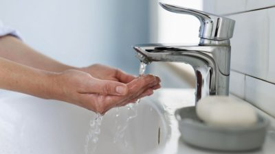 Vești bune pentru românii care nu au apă caldă. Anunț de ultimă oră de la Comisia Europeană